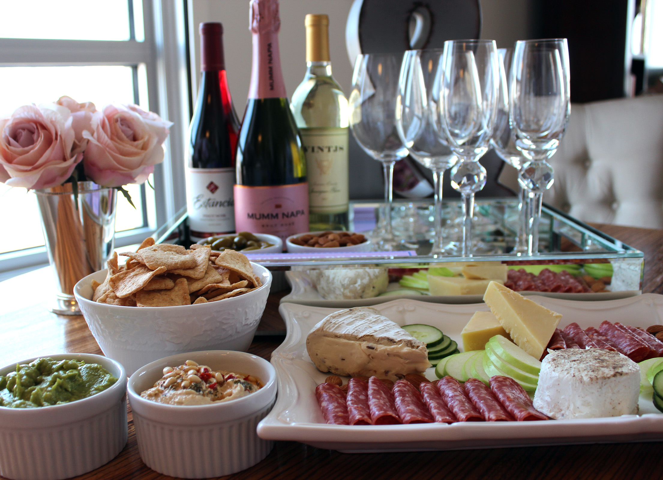 How to host girls night in