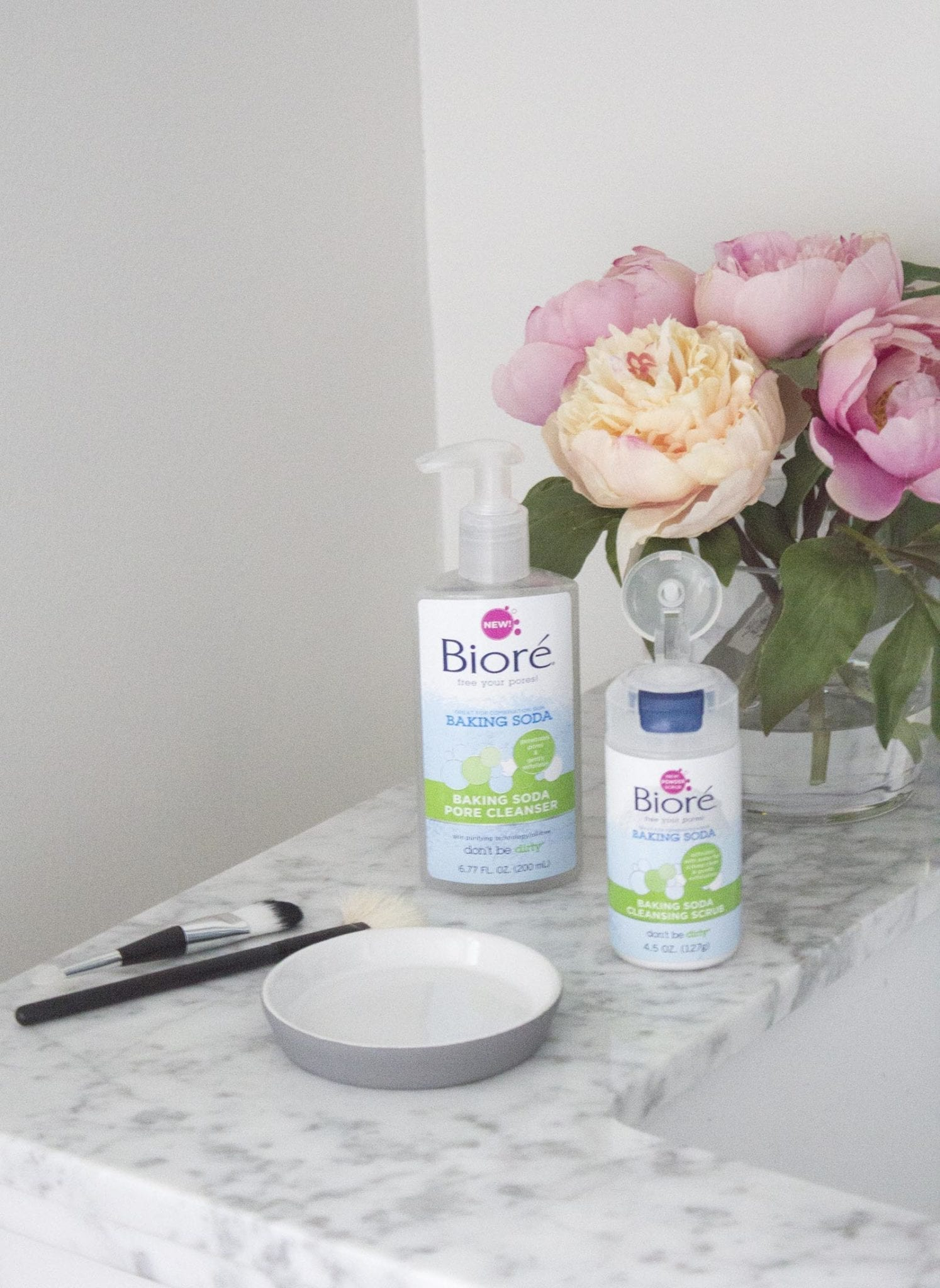 Biore Baking Soda Cleansing Scrub