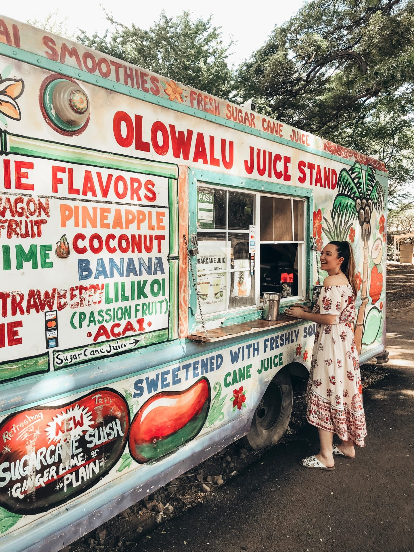 Olowalu Juice Stand I Maui travel guide I Hawaii Travel Guide I via justaddglam.com | Top Things to Do in Maui featured by top San Francisco travel blog, Just Add Glam: get a drink at Olowalu Juice Stand