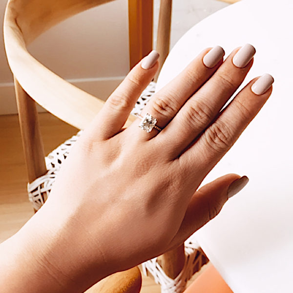 BEST PRESS ON NAILS FAQ: EVERYTHING YOU NEED TO KNOW ABOUT PRESS ON NAILS