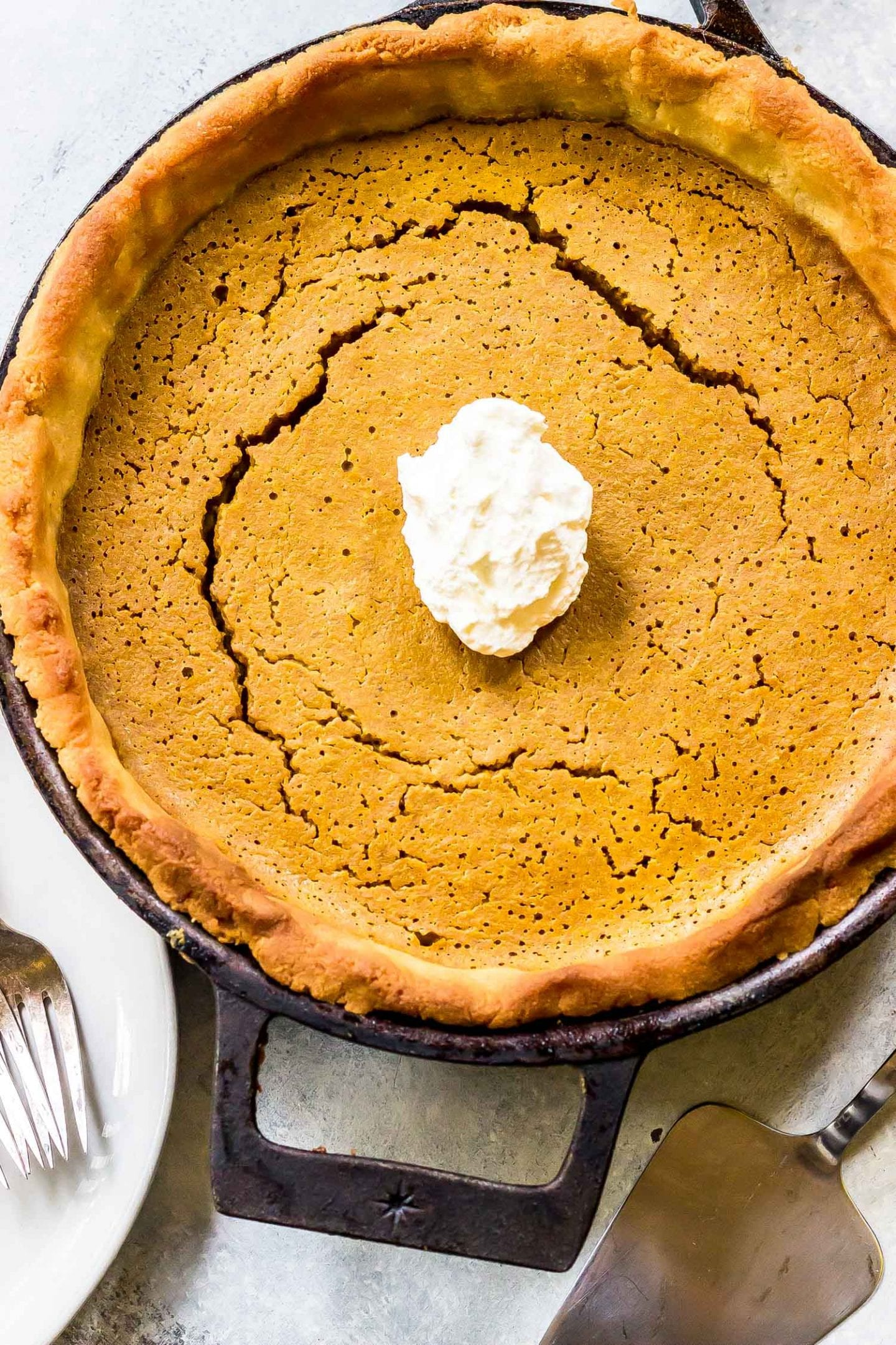 Keto Thanksgiving Recipes featured by top US lifestyle blog, Just Add Glam: keto pumpkin pie