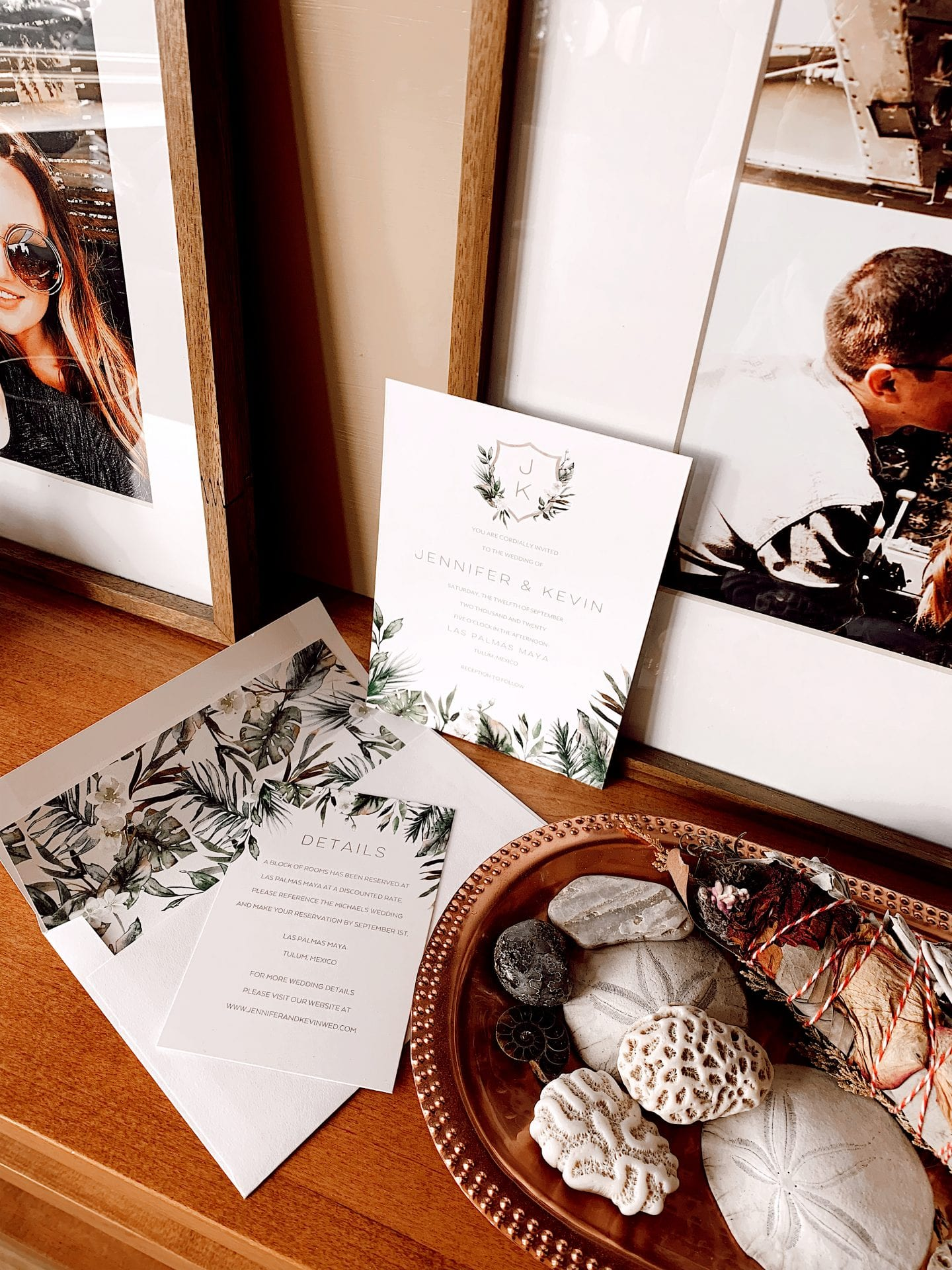 THE WEDDING SHOP BY SHUTTERFLY